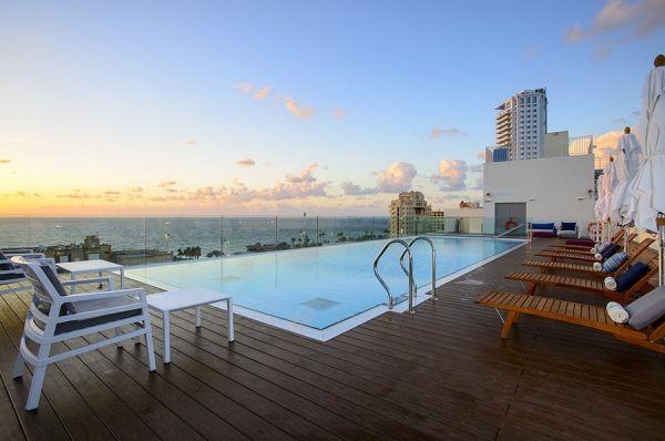 בית מלון לאונרדו פלאזה ב נתניה ומישור החוף