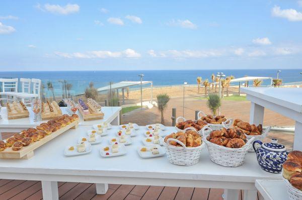 בית מלון דלוקס איילנד סוויטות נתניה ומישור החוף