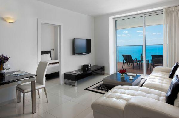 בית מלון איילנד סוויטות 5 כוכבים נתניה ומישור החוף