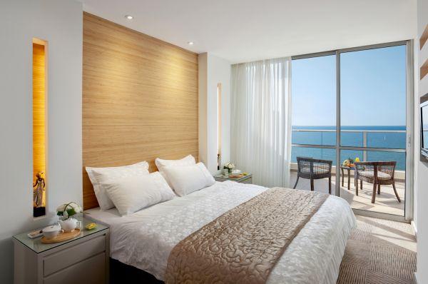 гостиница люкс  Рамада в Нетания и побережье