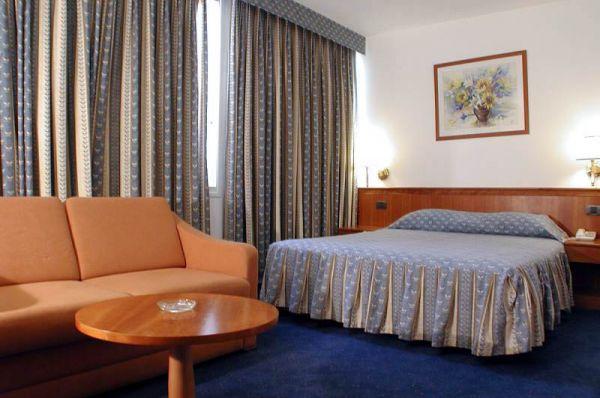 гостиница Маргоа Нетания и побережье