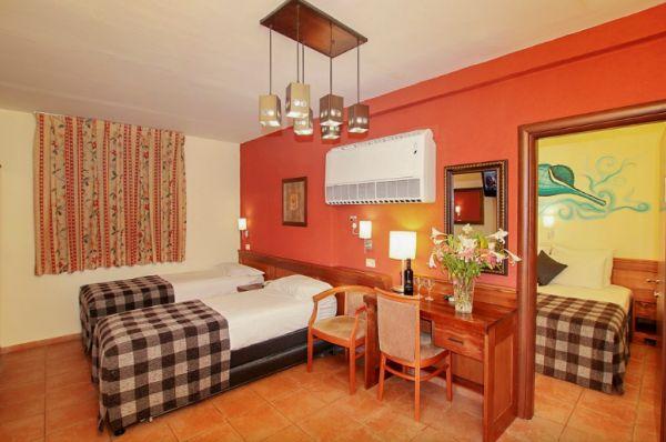 בית מלון נתניה ומישור החוף חוף נחשולים - חדר משפחתי