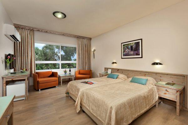בית מלון ניר עציון רזורט בנתניה ומישור החוף