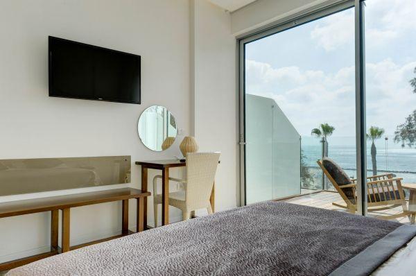 בית מלון רזידנס ביץ נתניה ומישור החוף