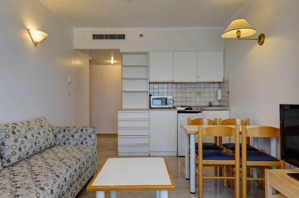 בית מלון רזידנס ביץ ב נתניה ומישור החוף - סוויטה