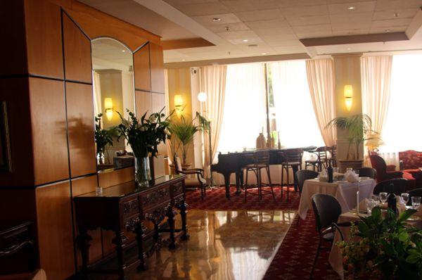 гостиница  Сизонс