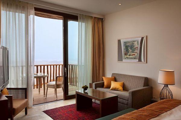 מלון דה לוקס ישרוטל בראשית דרום הארץ - נוף מדברי עם מרפסת