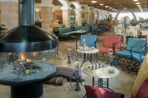 בית מלון ישרוטל פונדק רמון ב דרום הארץ