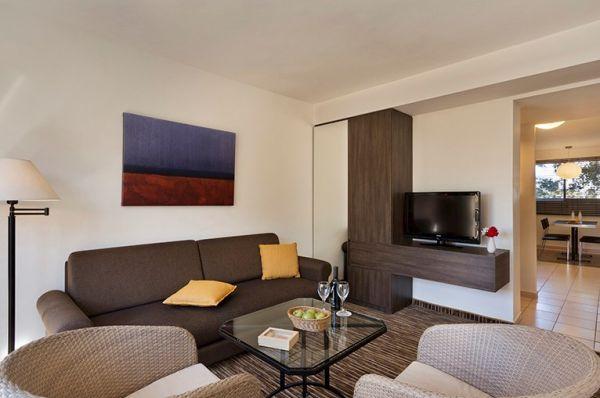 בית מלון ישרוטל פונדק רמון דרום הארץ - סוויטה משפחתית