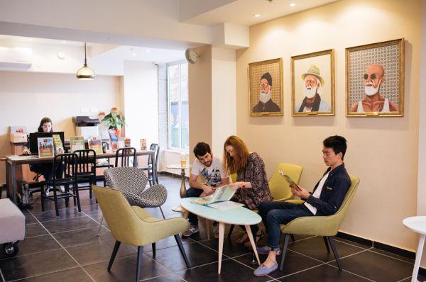 בית מלון אברהם הוסטל בתל-אביב והמרכז