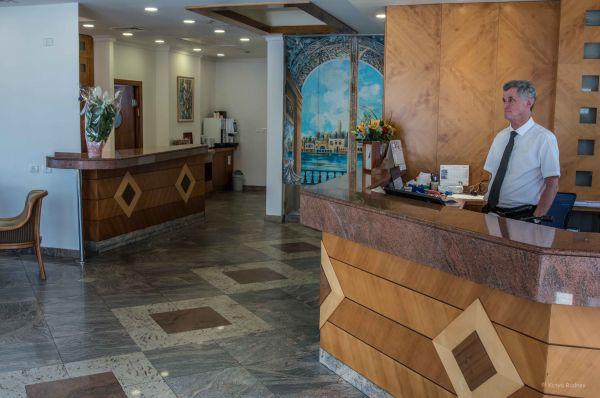 отель Абратель