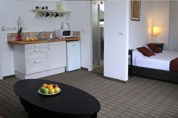 בית מלון ארבל סוויטס תל-אביב והמרכז