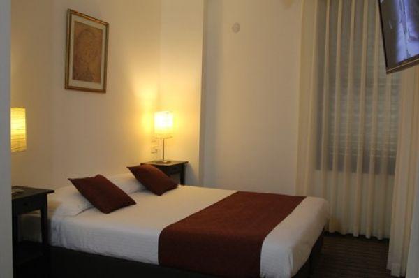 בית מלון ארבל סוויטס ב תל-אביב והמרכז