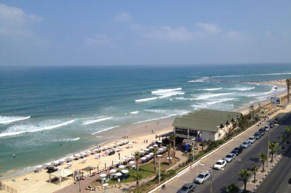 בית מלון ארמון-ים ב תל-אביב והמרכז