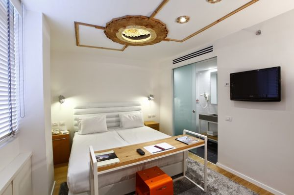 בית מלון ארט פלוס ב תל-אביב והמרכז