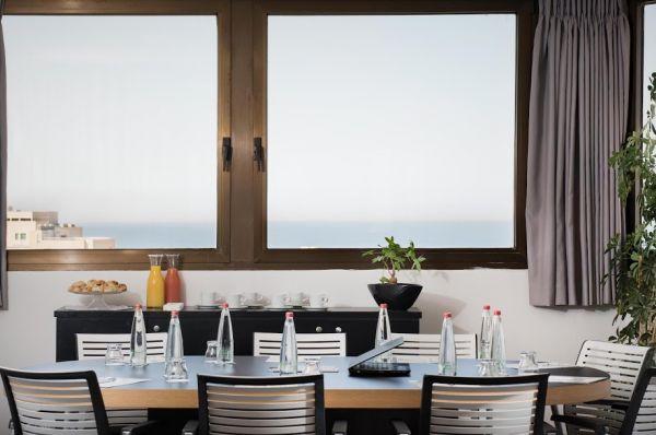 ארקדיה טאוור מלון בוטיק בתל-אביב והמרכז