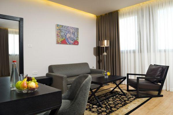 מלון בוטיק ארקדיה טאוור בתל-אביב והמרכז
