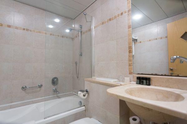 מלון בוטיק דה לה מאר בתל-אביב והמרכז