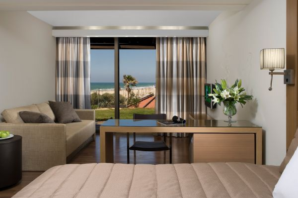בית מלון דן אכדיה תל-אביב והמרכז