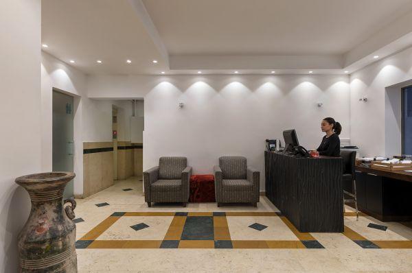 בית מלון תל-אביב והמרכז דה לה מאר