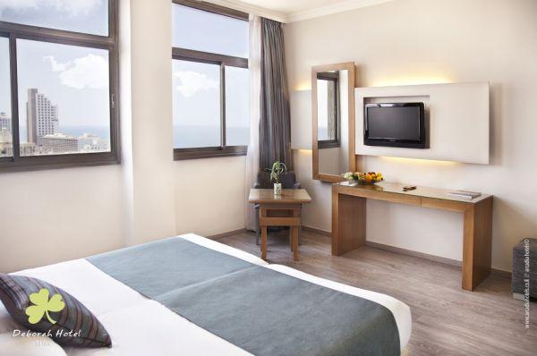 בית מלון תל-אביב והמרכז דבורה