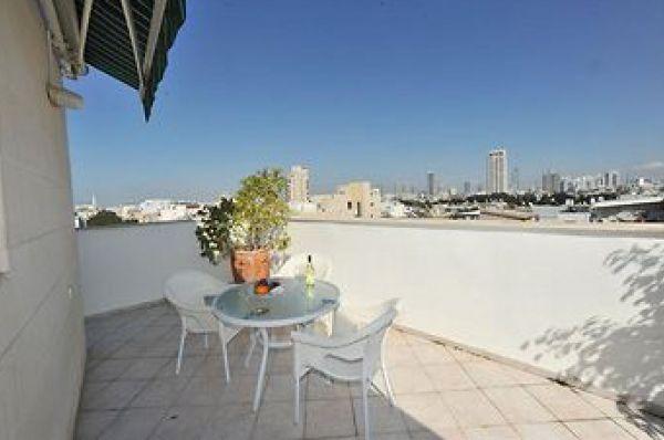 בית מלון דיזנגוף סוויטס ב תל-אביב והמרכז
