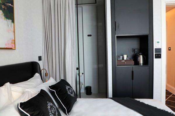 בית מלון הרברט סמואל מונופול ב תל-אביב והמרכז