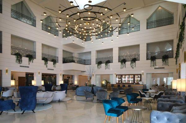בית מלון הרברט סמואל אופרה תל-אביב והמרכז