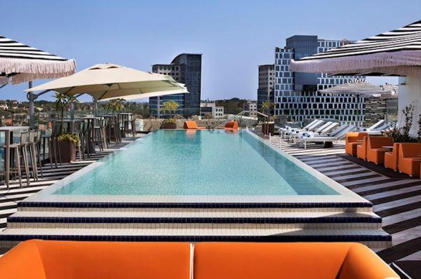 בית מלון ישרוטל פאבליקה ב תל-אביב והמרכז