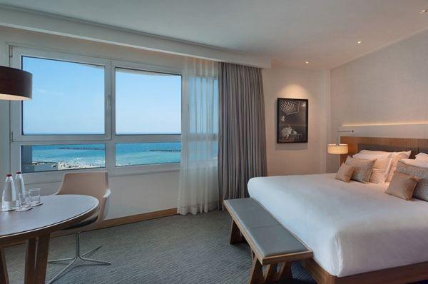 гостиница  Исротель Тауэр - Супериор с видом на море