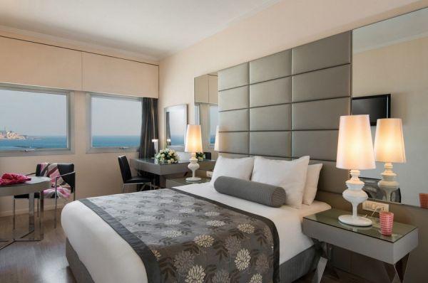 בית מלון תל-אביב והמרכז לאונרדו ארט  - דלקס