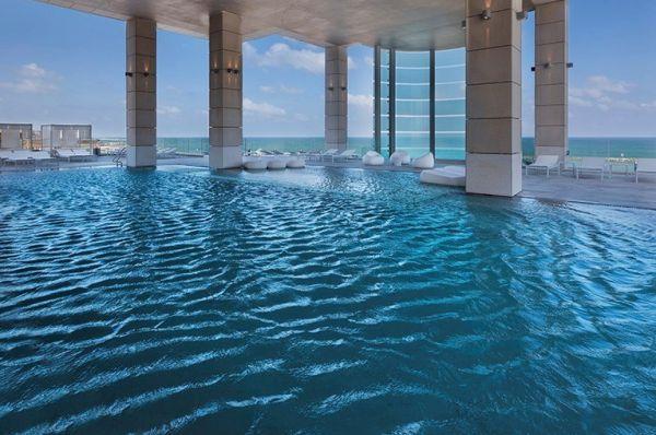 מלון דה לוקס ישרוטל רויאל ביץ תל-אביב והמרכז