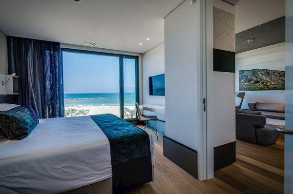 מלון יוקרה ישרוטל רויאל ביץ בתל-אביב והמרכז - מיני סוויטה