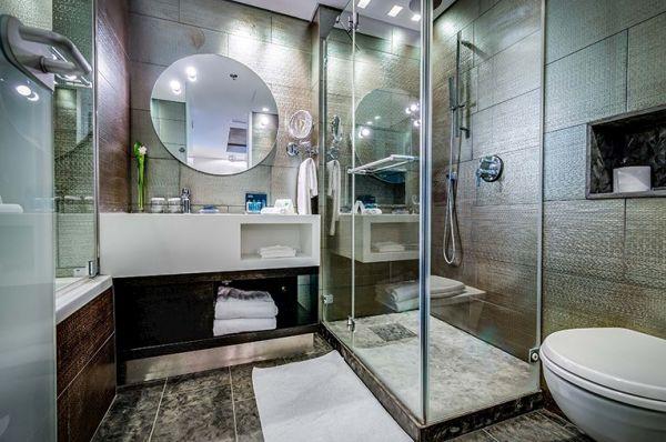 בית מלון יוקרתי ישרוטל רויאל ביץ תל-אביב והמרכז - רויאל סוויטה אקזקיוטיב