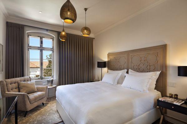 בית מלון דלוקס דריסקו תל-אביב והמרכז