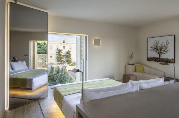 בית מלון יוקרתי The Jaffa תל-אביב והמרכז