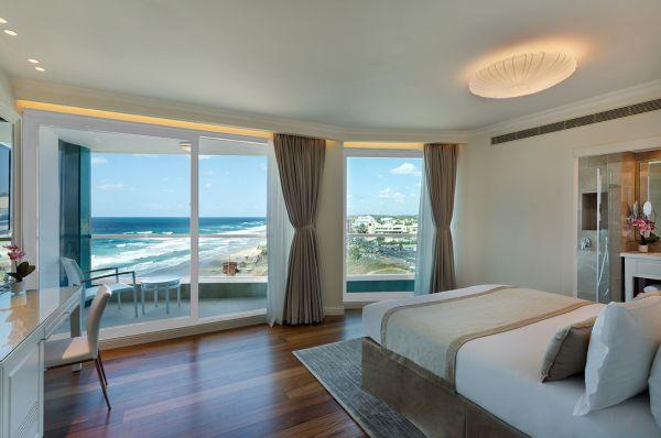 гостиница Океанос Тель Авив - Свита джуниор делюкс