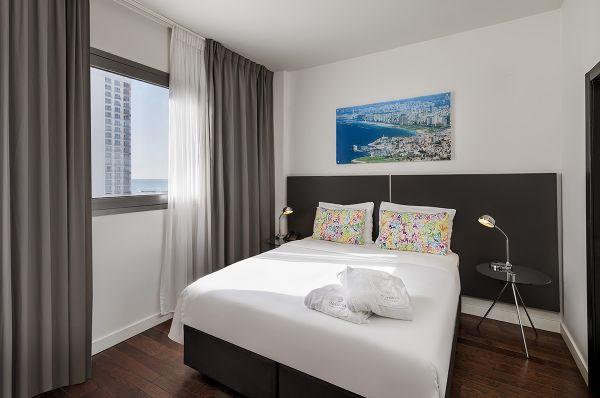 בית מלון תל-אביב והמרכז אולימפיה - סופיריור עם נוף חלקי לים
