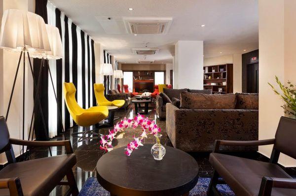 בית מלון פורט אנד בלו  ב תל-אביב והמרכז