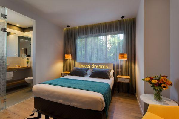 בית מלון פרימה סיטי ב תל-אביב והמרכז - חדר דלקס