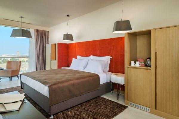 בית מלון פרימה לינק תל-אביב והמרכז