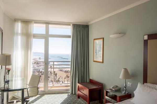 гостиница  Ренессанс - Номер Делюкс с видом на море