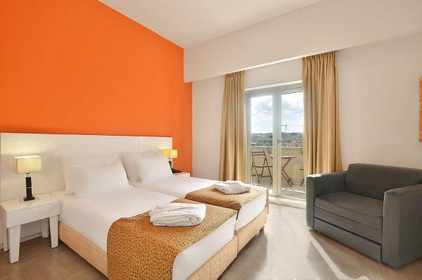 בית מלון רות דניאל תל-אביב והמרכז - חדר דה-לקס