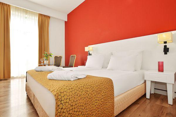 בית מלון רות דניאל תל-אביב והמרכז - סופריור
