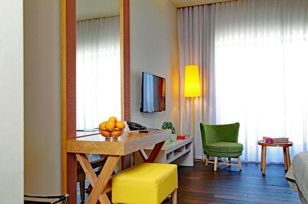 בית מלון תל-אביב והמרכז שדות