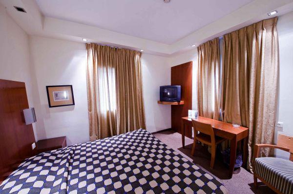 отель в  Тель Авив Си Нет