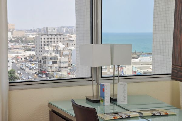 בית מלון טל תל-אביב והמרכז
