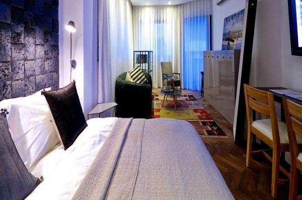 בית מלון טאון האוס ב תל-אביב והמרכז