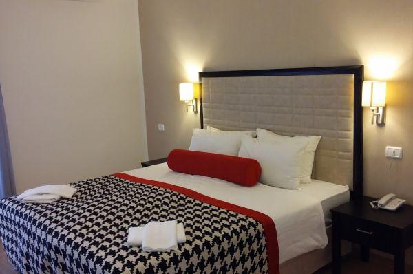 בית מלון אסטוריה ב טבריה, סובב כנרת ועמקים - חדר פרימיום