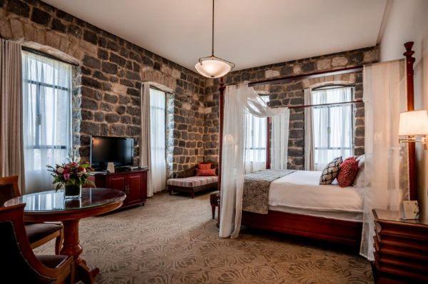בוטיק הסקוטי בטבריה, סובב כנרת ועמקים - חדר ענתיק